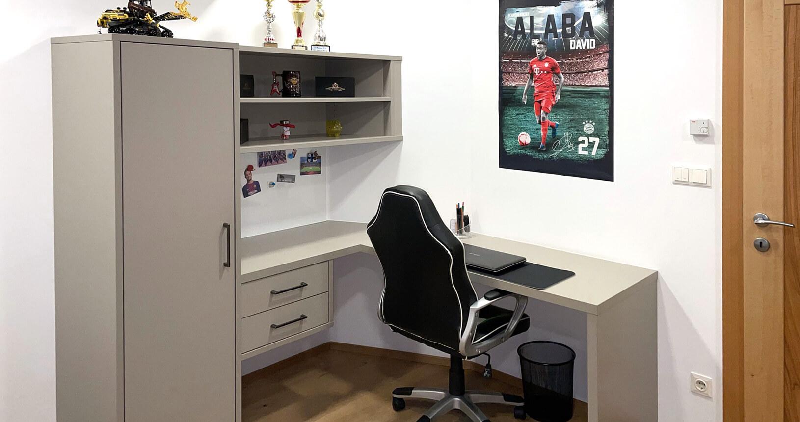 Jugendzimmer SChreibtisch in grau